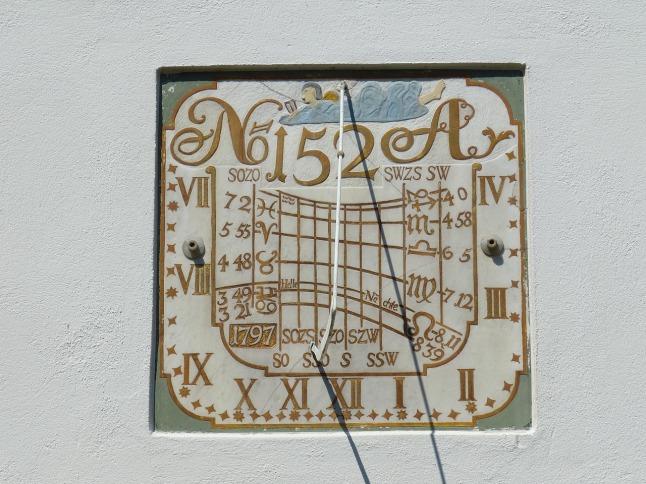 sundial-3592513_1280